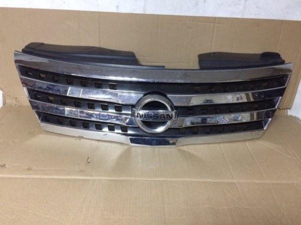 Решетка радиатора Nissan Serena C25 MR20DE передняя