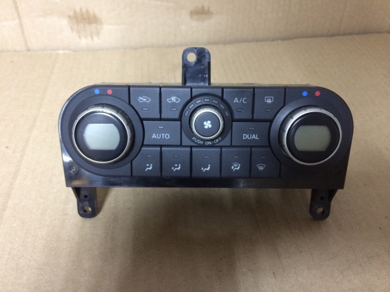 Блок управления климат-контролем Nissan Dualis KNJ10