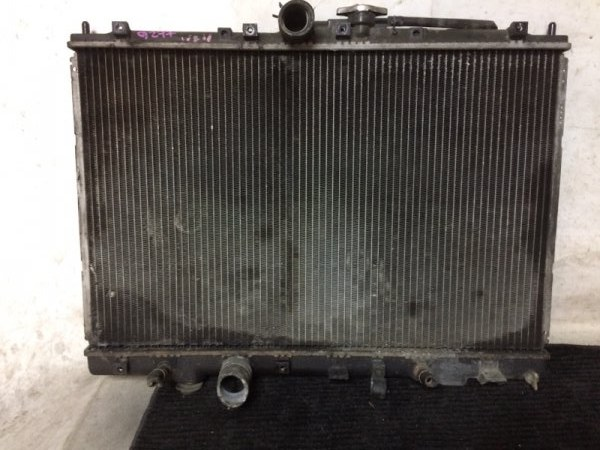 Радиатор охлаждения двигателя Mitsubishi Pajero Io H66W 4G93