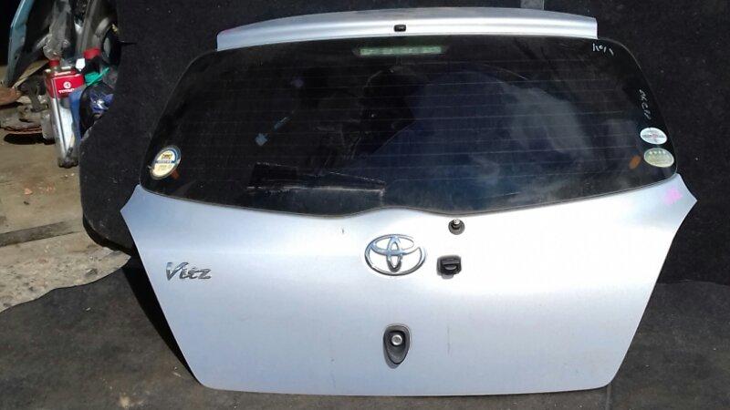 Дверь багажника Toyota Vitz SCP90 1KRFE задняя