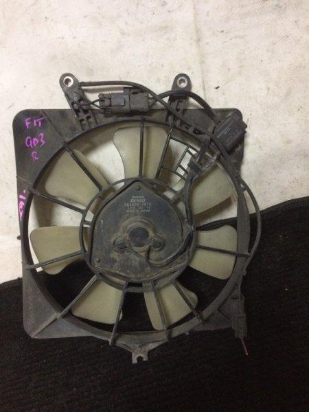Вентилятор радиатора кондиционера Honda Fit GD1 L13A правый