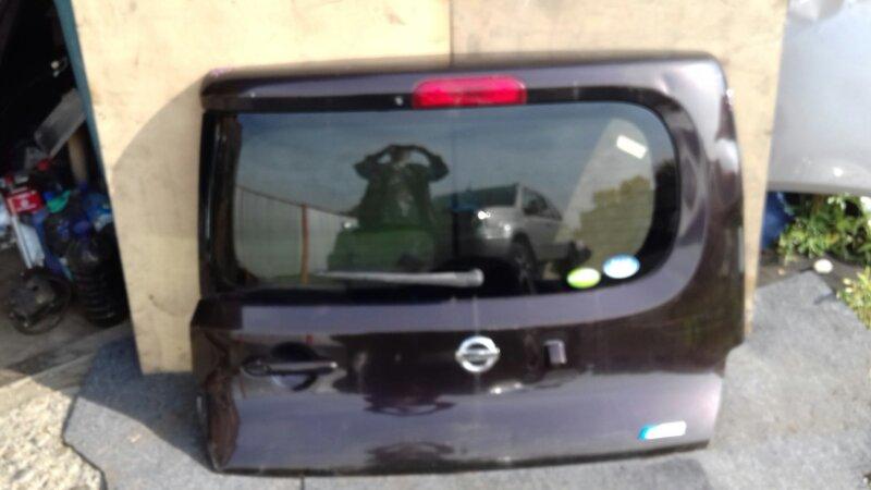 Дверь багажника Nissan Cube Z12 HR15DE задняя