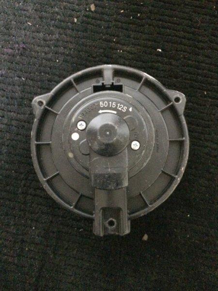 Мотор печки Toyota Crown GXS10 1GFE передний