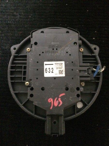 Мотор печки Toyota Mark Ii GX110 1GFE передний