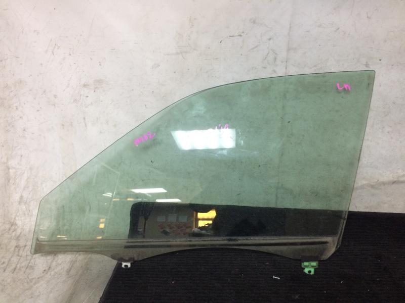 Стекло боковое Toyota Altezza GXE10 1GFE переднее левое