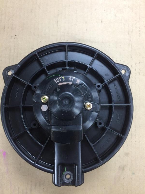 Мотор печки Toyota Wish ANE10 1AZFE передний