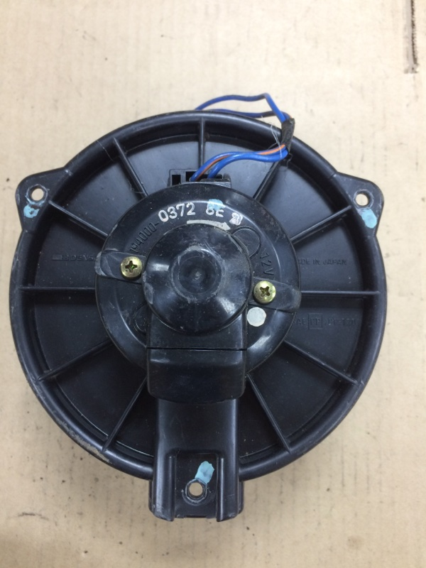 Мотор печки Toyota Ipsum SXM10 3SFE передний