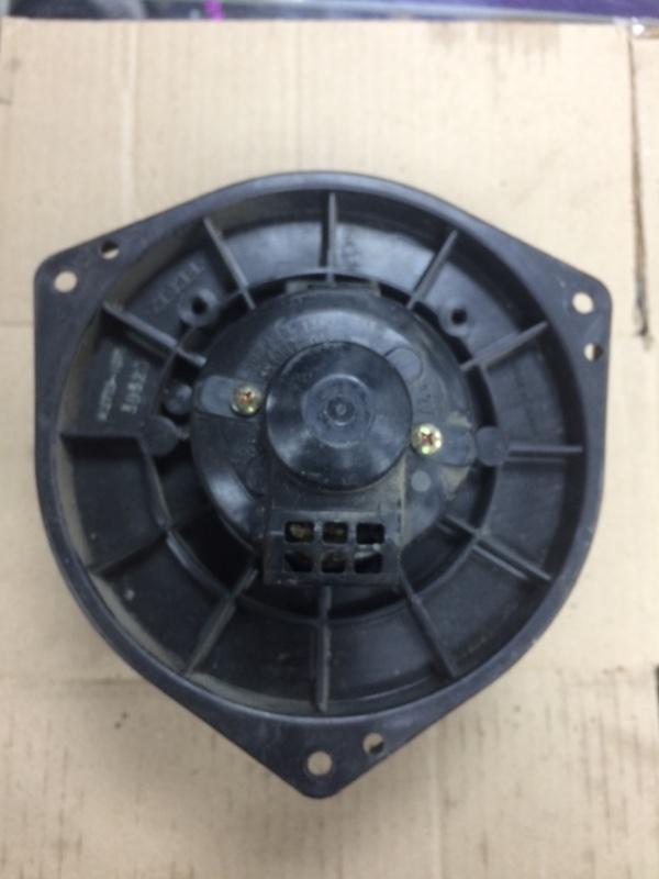 Мотор печки Mazda Bongo SK22VN передний