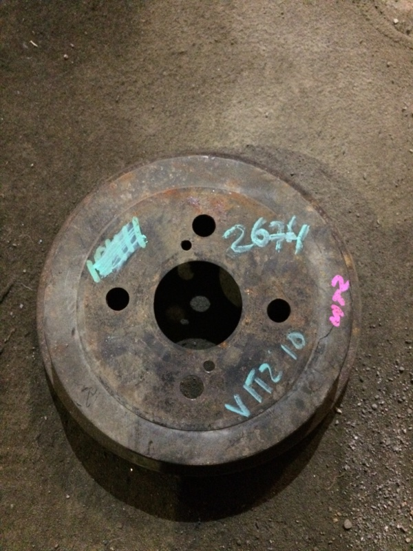 Тормозной барабан Toyota Vitz SCP10 1SZFE задний