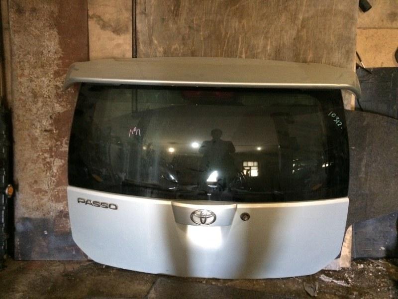 Дверь багажника Toyota Passo KGC10 1KRFE задняя