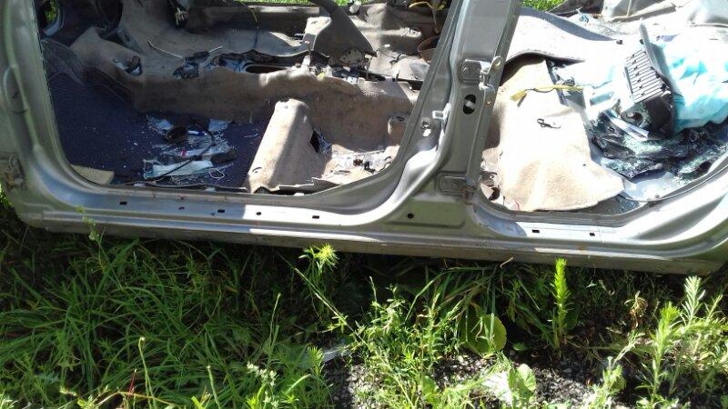 Порог кузовной Nissan Bluebird Sylphy FG10 QG18DE левый