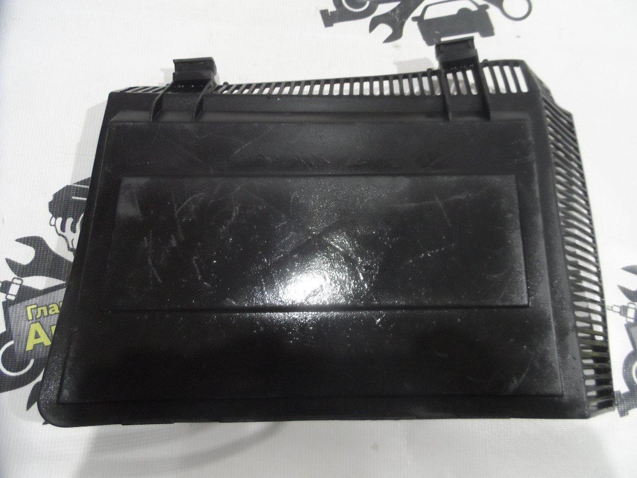 Корпус салонного фильтра Bmw 5-Series E39 M52B25 1995