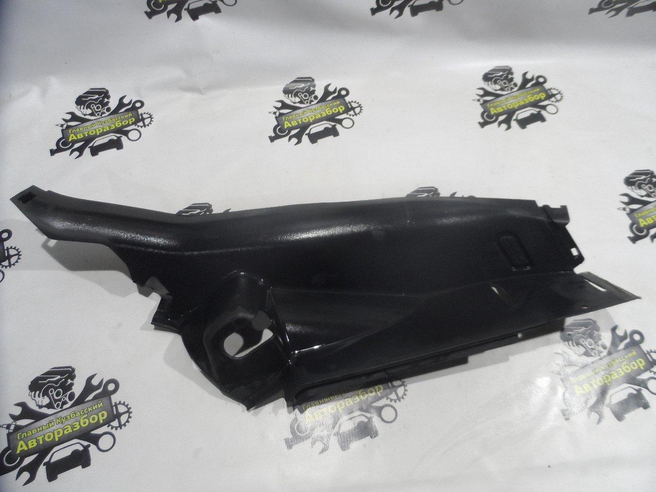 Обшивка, панель салона Chevrolet Cruze J300 F16D3 2009 задний правый