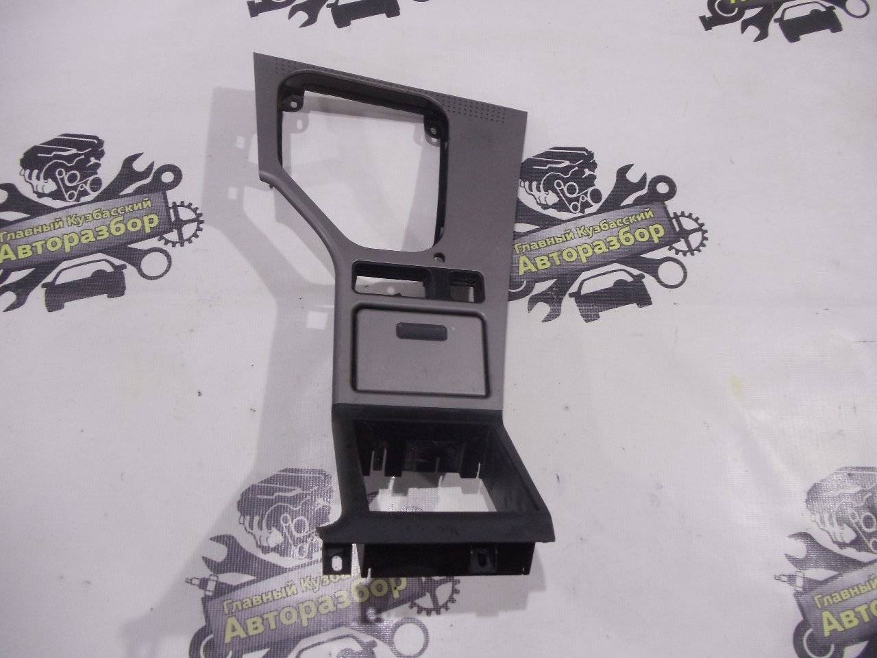 Консоль кпп Bmw 5-Series E39 M52B25 1995