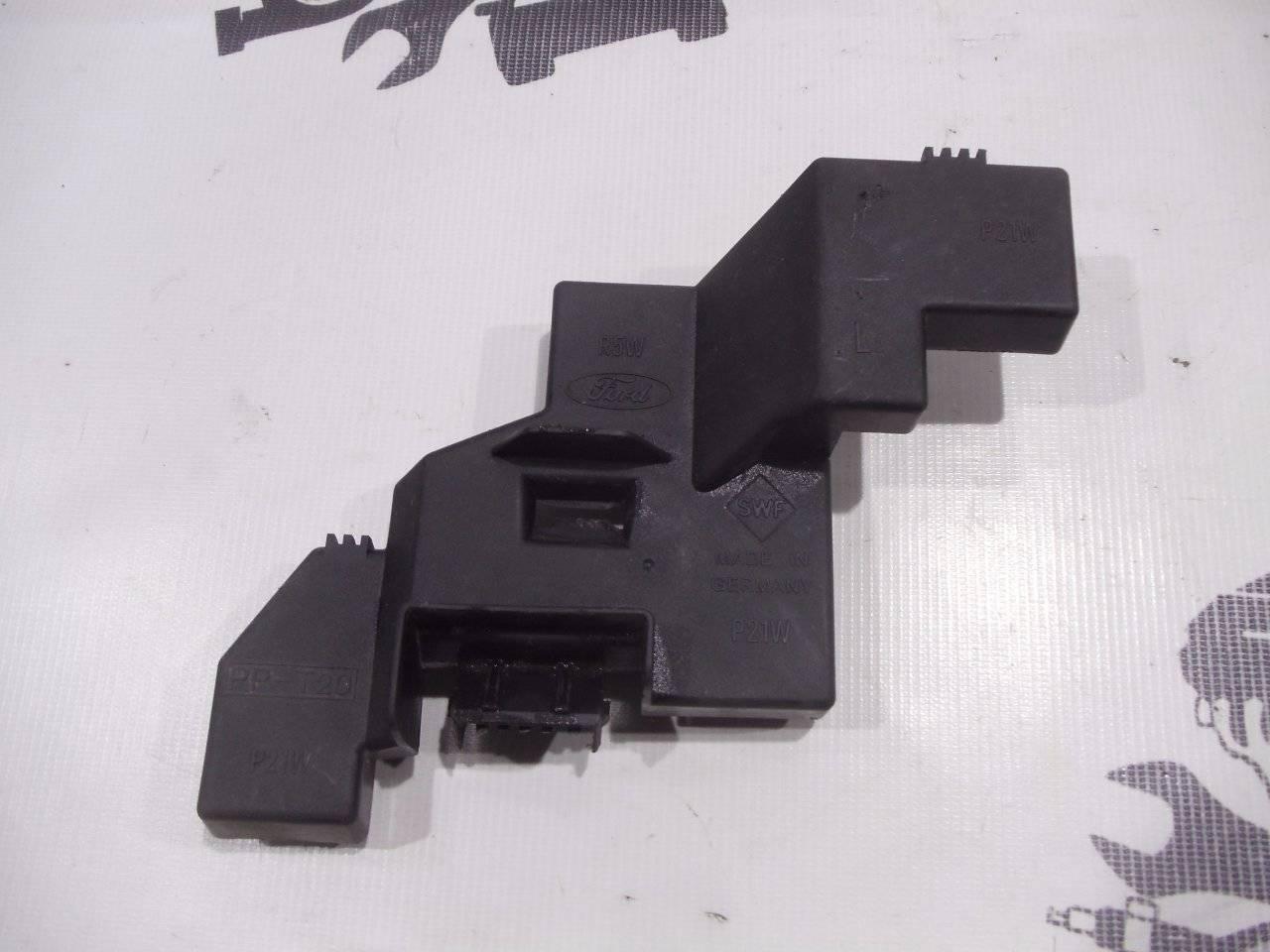 Корпус стоп-сигнала Ford Ka BAA 1996 левый