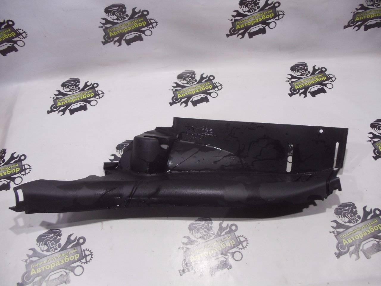 Обшивка, панель салона Chevrolet Cruze J300 F16D3 2009 задний левый нижний