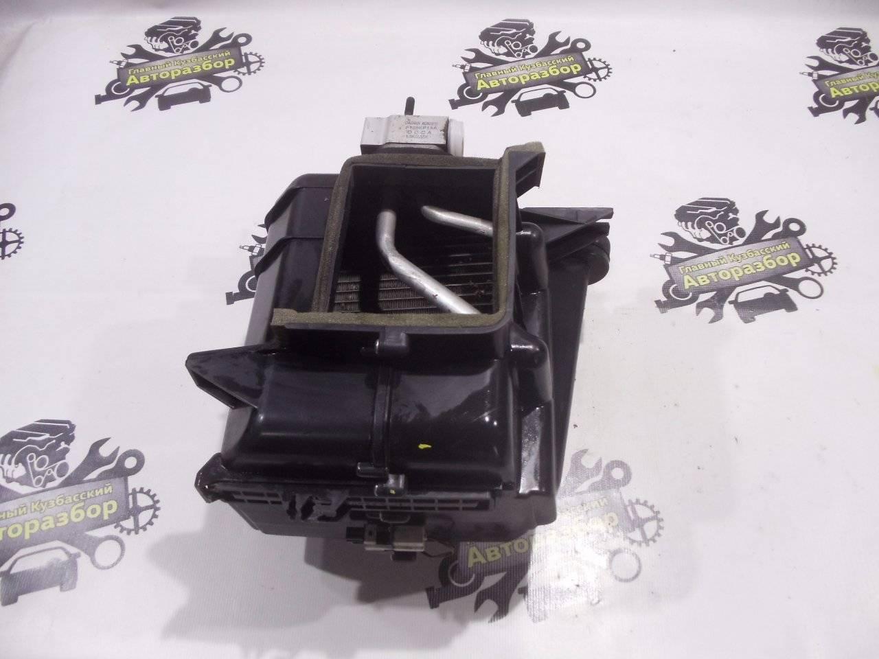 Корпус отопителя Hyundai Accent LC2 G4ECG 2000