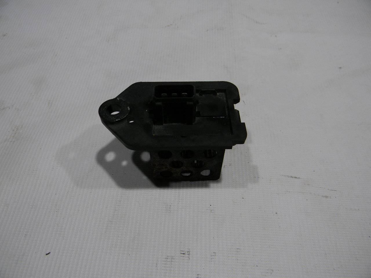 Резистор вентилятора охлаждения Peugeot 206 2A/C TU1JP 2005