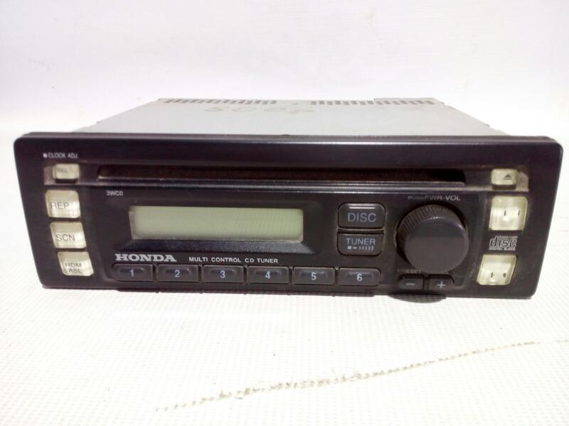 Магнитола Honda Civic EU3 D17A 2000