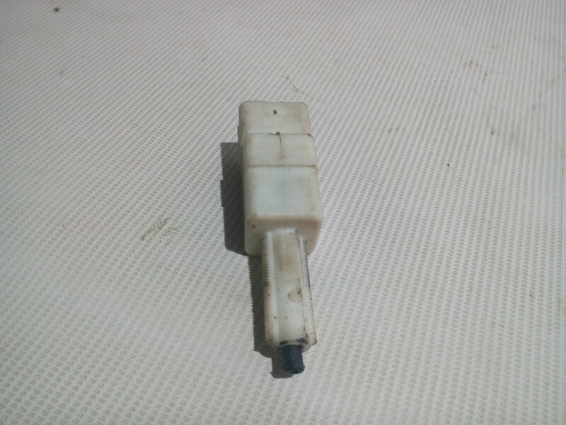 Датчик педали тормоза Honda Civic EU3 D17A 2000