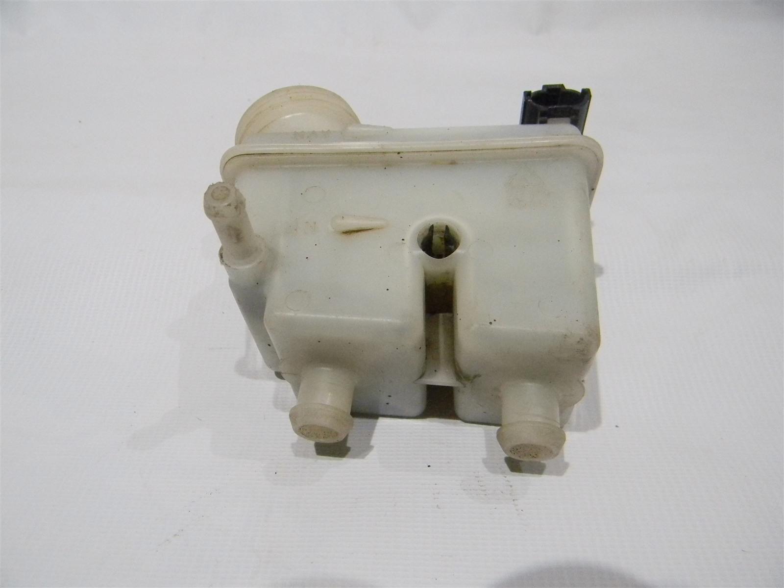 Бачок для тормозной жидкости Chevrolet Lacetti J200 F16D3 2003