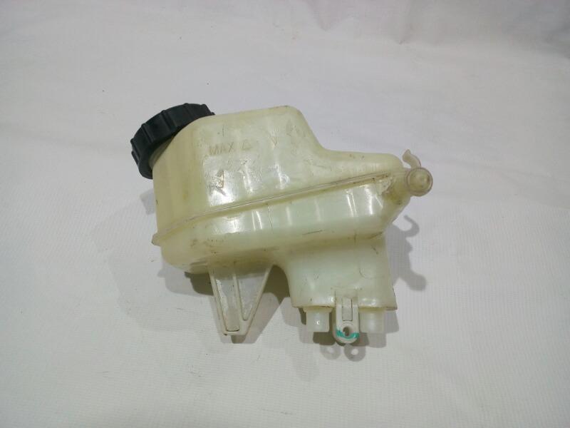 Бачок для тормозной жидкости Chevrolet Cruze J300 F16D3 2009