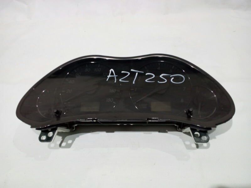 Панель приборов Toyota Avensis AZT250 1AZFE 2005