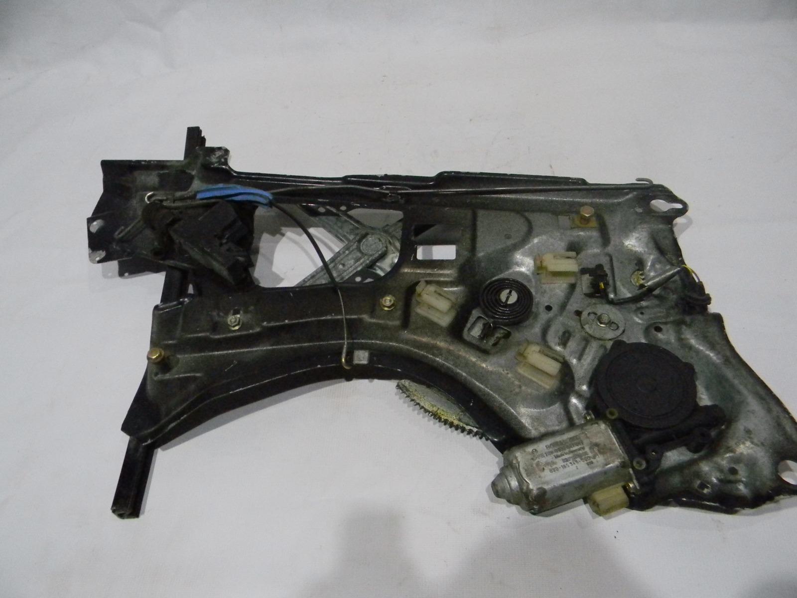 Стеклоподъемник Bmw 7-Series E32 M20B25 1986 задний правый