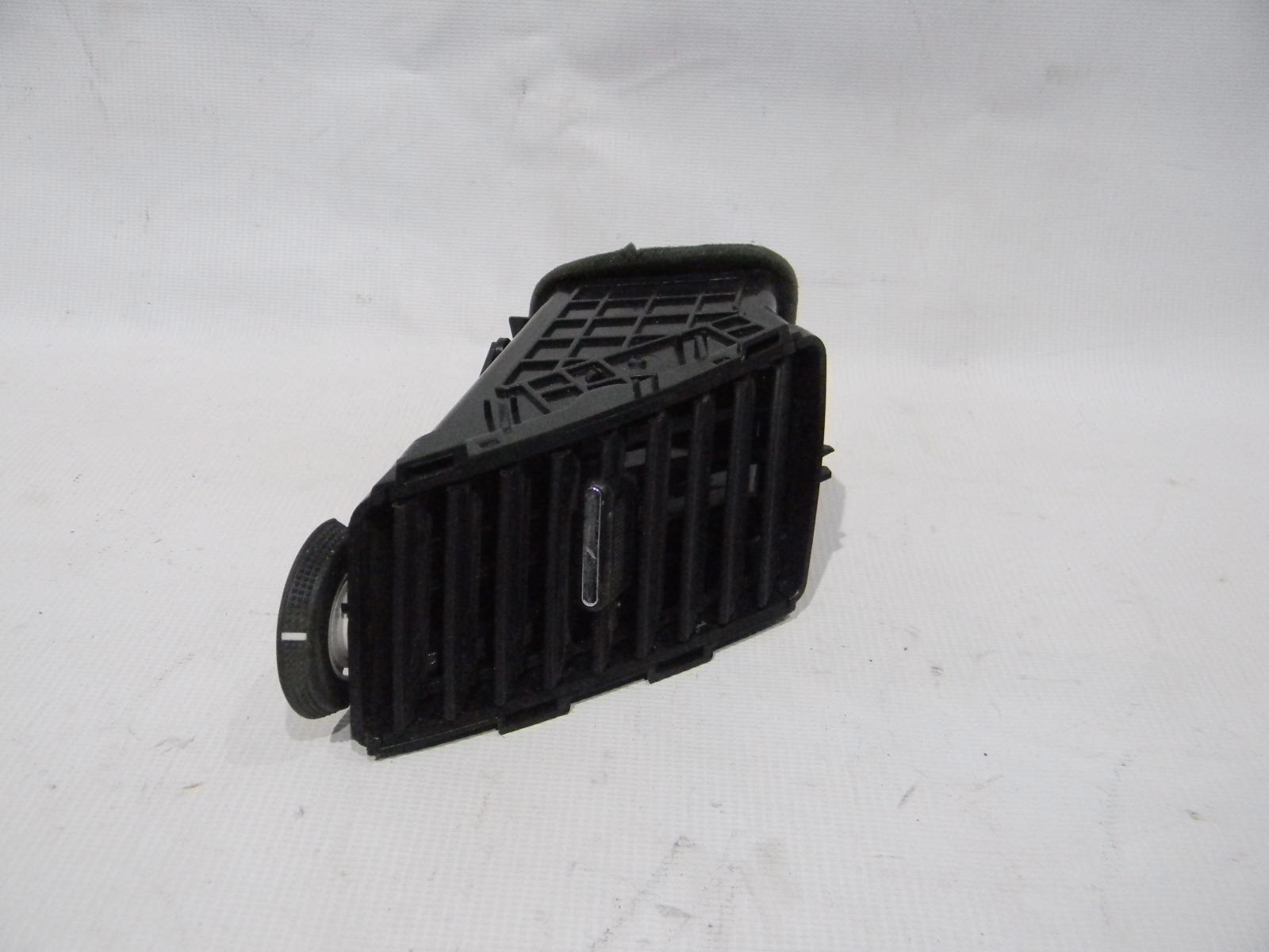 Решетка вентиляционная Chevrolet Cruze J300 F16D3 2009> правая