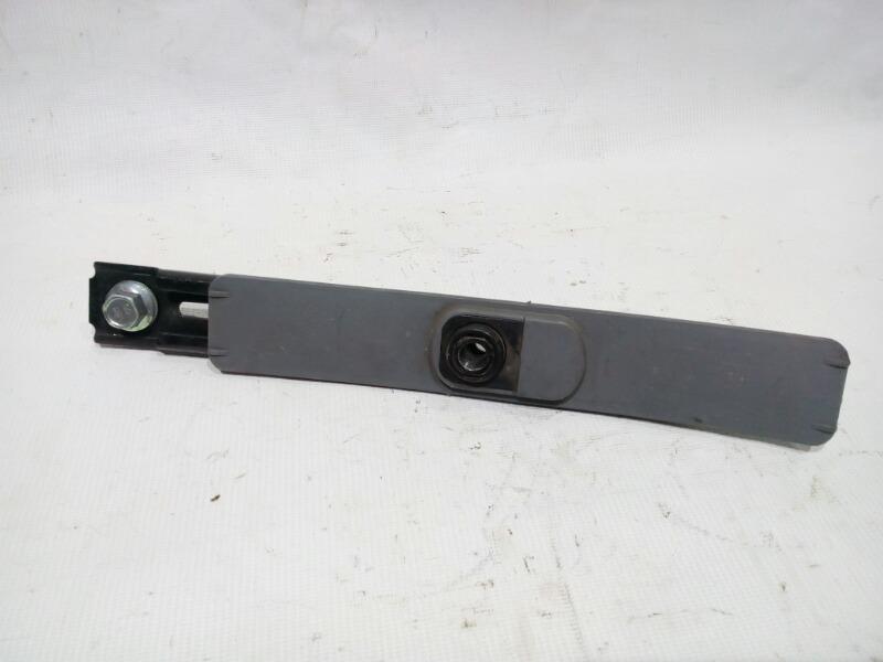 Механизм регулировки высоты ремня безопасности Honda Civic EU3 D17A 2000