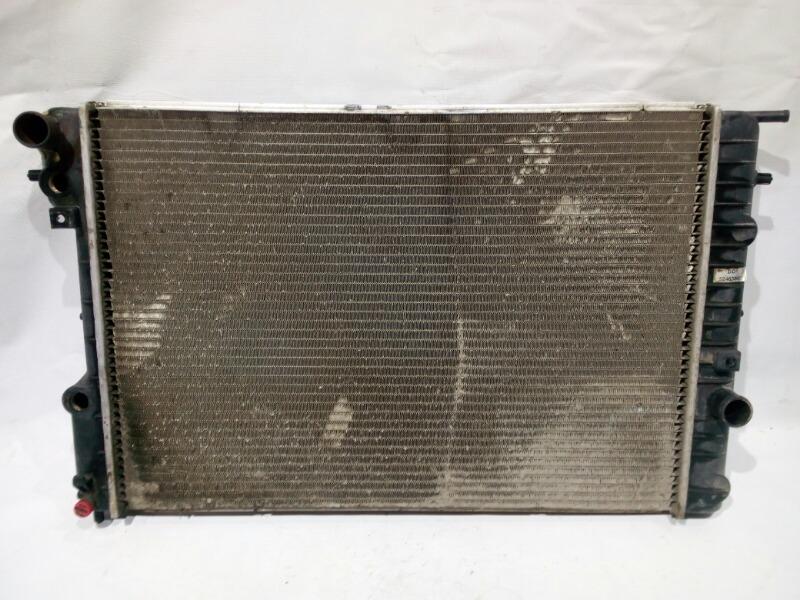 Радиатор охлаждения двигателя Opel Omega 26 X25XE 1994