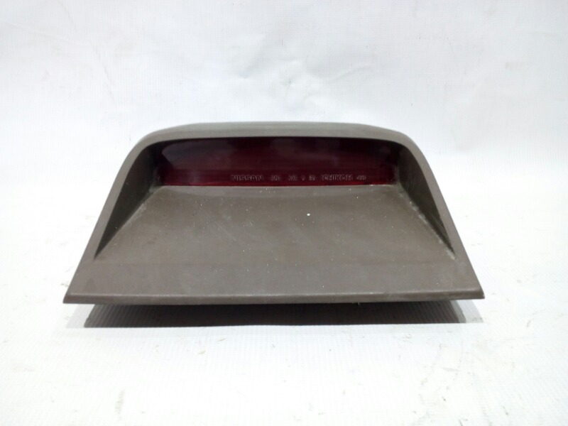 Повторитель стоп-сигнала Nissan Bluebird U13 GA16DS 1991