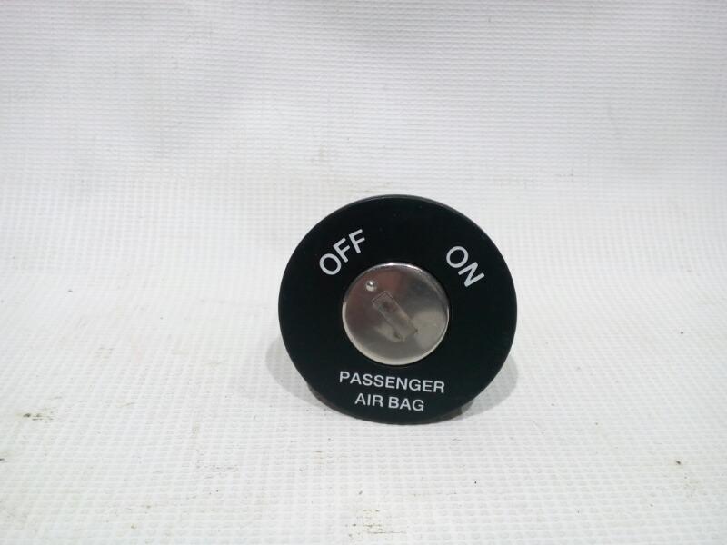 Кнопка airbag Kia Rio UB G4FA 2011>