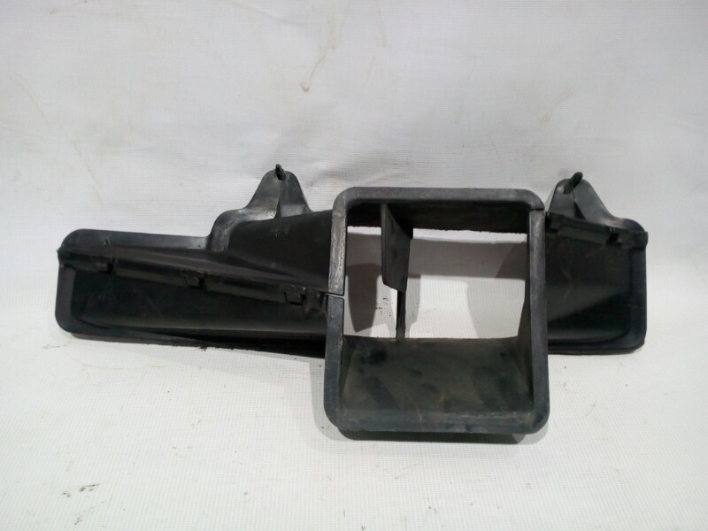 Воздуховод Toyota Corolla AE104 4AFE 1991