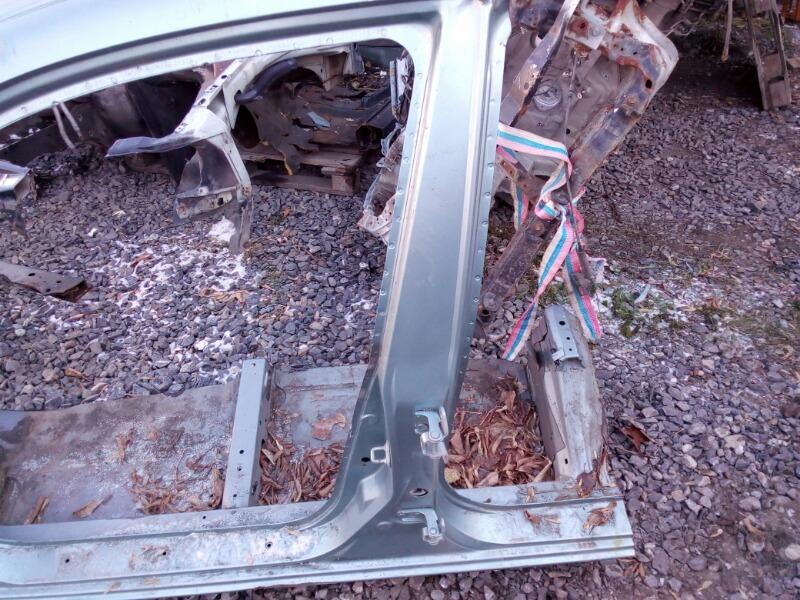 Порог кузовной Honda Civic EU3 D17A 2000 левый