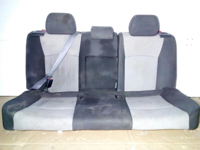 Сиденье Chevrolet Cruze J300 F18D4 2009 заднее