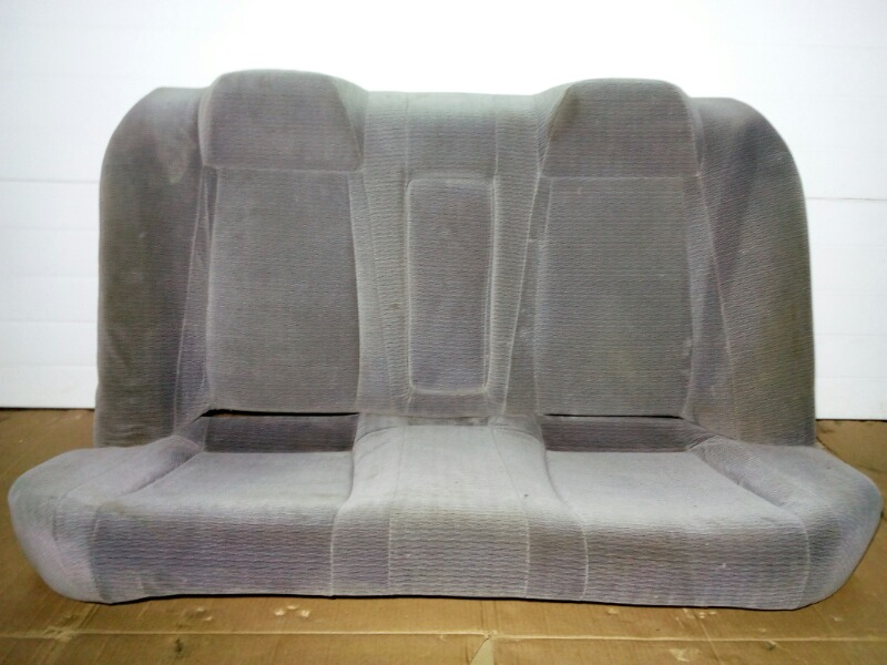 Сиденье Nissan Bluebird U13 GA16DS 1991 заднее