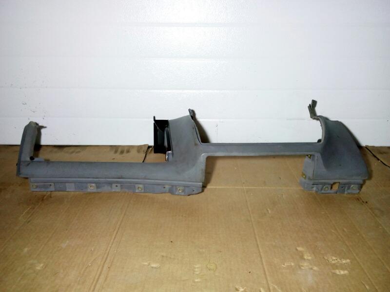 Панель приборов (торпеда) Bmw 5-Series E39 M52B25 1995 нижний