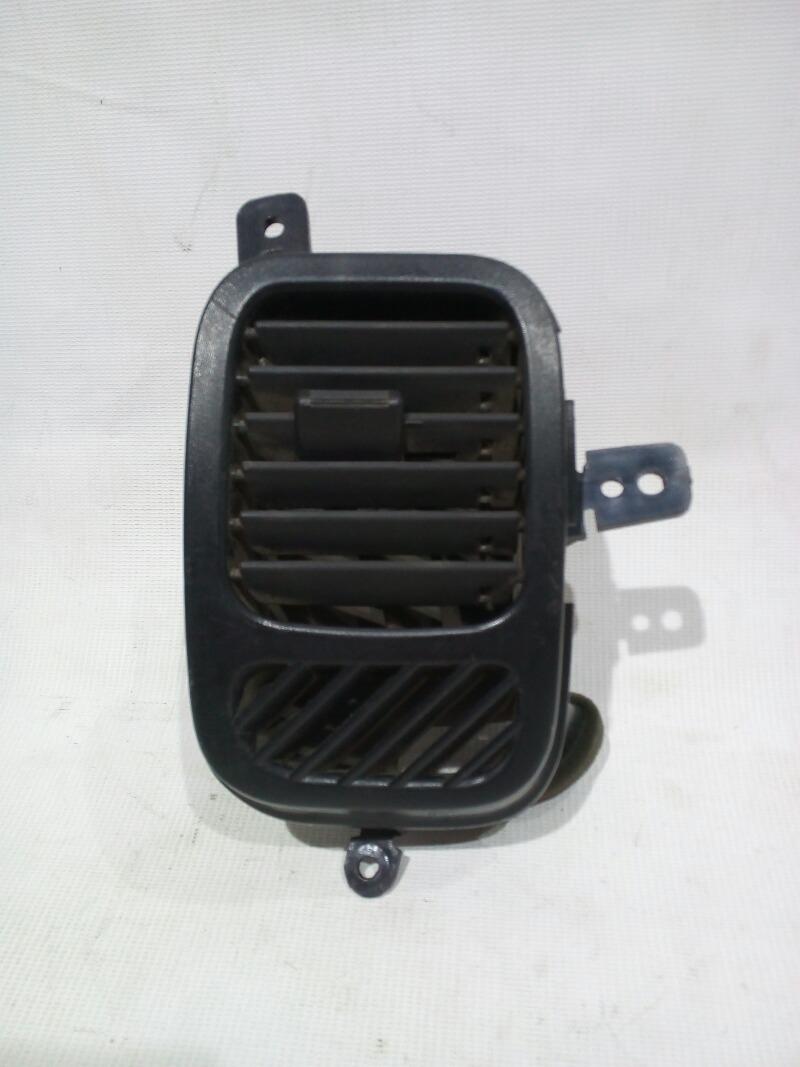 Решетка вентиляционная Chevrolet Lanos T100 A15SMS 2004> передняя правая
