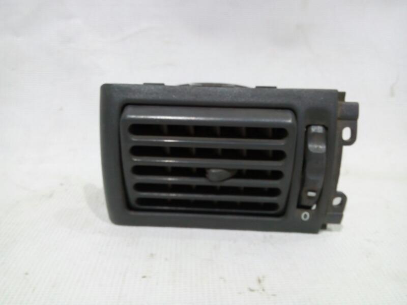 Решетка вентиляционная Daewoo Nexia KLETN A15SMS 1995