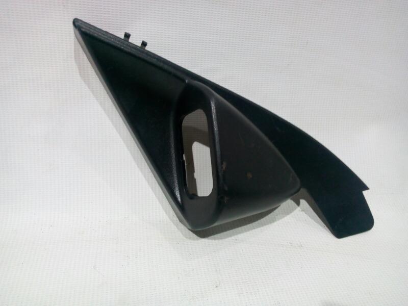 Уголок двери Chevrolet Lacetti J200 F14D3 2003 передний левый