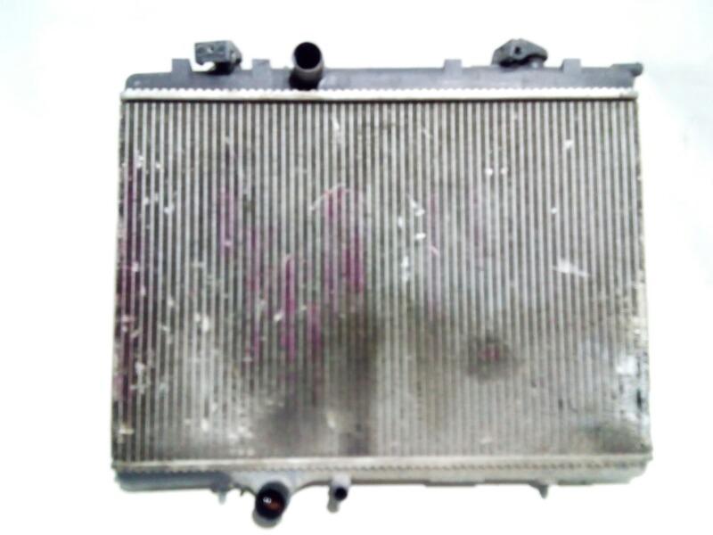 Радиатор охлаждения двигателя Peugeot 307 3C EW10 2003