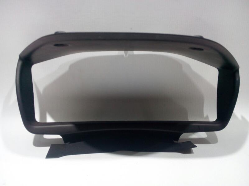 Консоль панели приборов Mitsubishi Lancer Cedia CS5W 4G93 2002