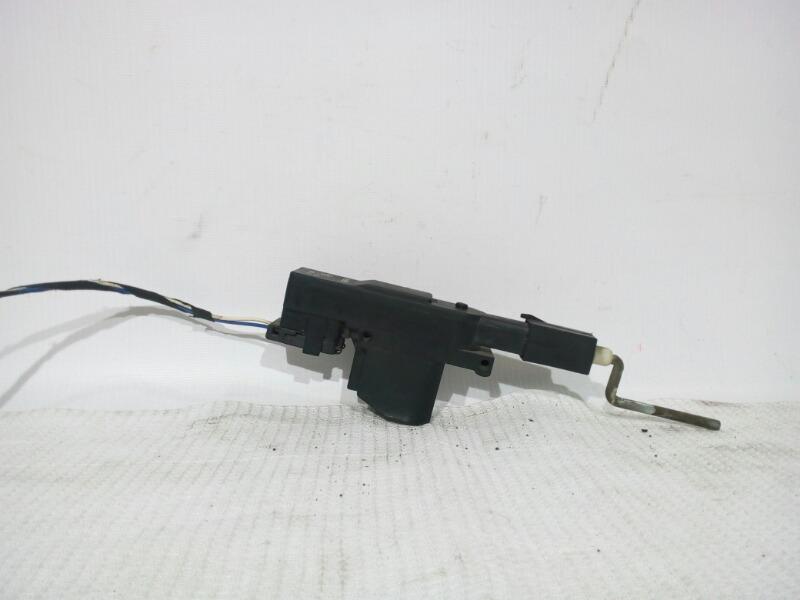Активатор замка крышки бензобака Bmw 7-Series E32 M20B25 1986