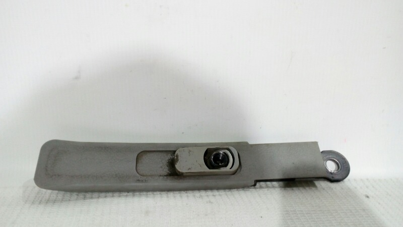 Механизм регулировки ремня безопасности Mitsubishi Lancer Evolution CN9A 4G63 1996 передний