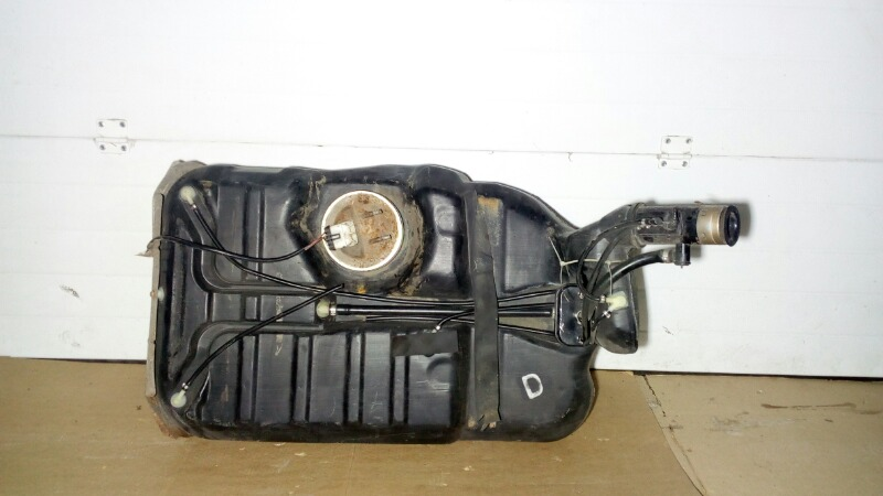 Бак топливный Opel Omega 26 X25XE 1994