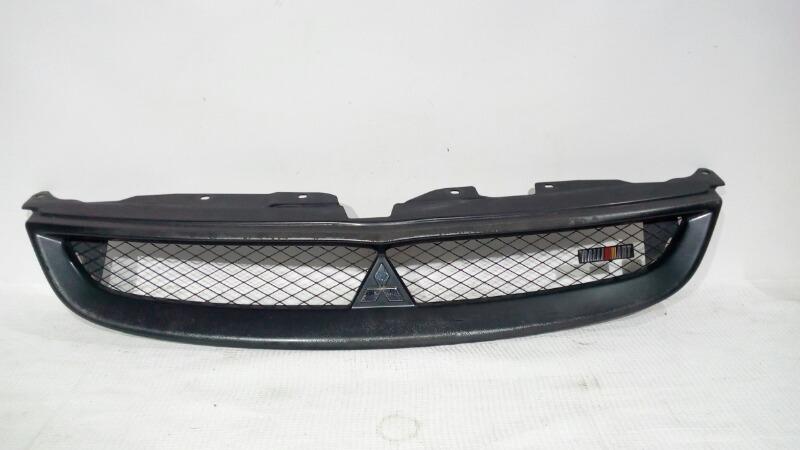 Решетка радиатора Mitsubishi Colt Z27A 4G15 2004