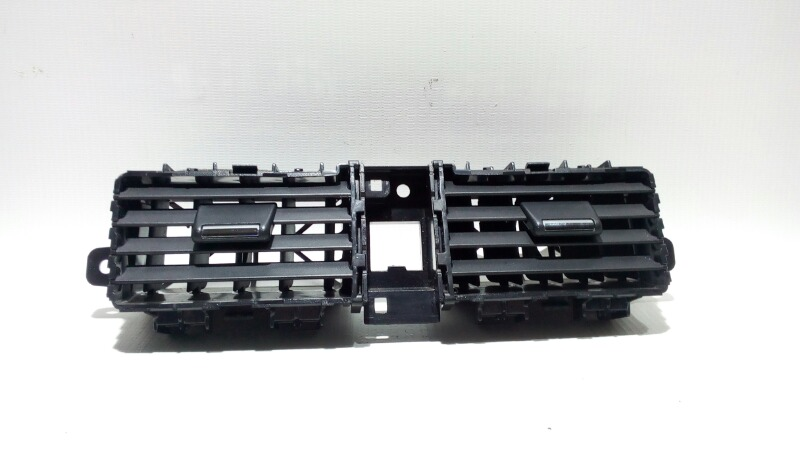 Решетка вентиляционная Nissan Teana J31 VQ23DE 2003 передняя