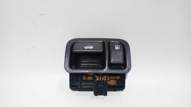 Кнопка открывания багажника Nissan Teana J31 VQ23DE 2003 передняя правая