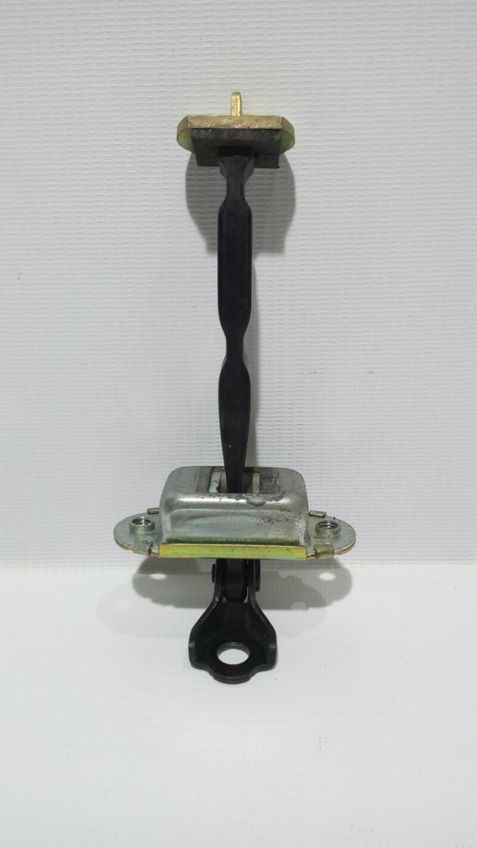 Ограничитель двери Nissan Teana J31 VQ23DE 2003 задний правый